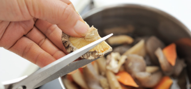 時短でふっくらウマ味、干しシイタケの使い方